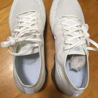 Nike全新運動鞋