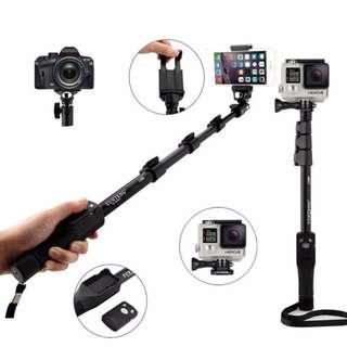 Yunteng 1288 Extendable Selfie Stick Monopod Pole with Bluetooth Shutter / Clicker