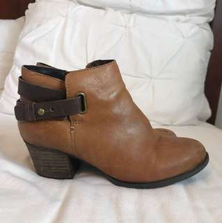 Aldo ankle boot