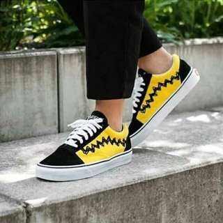 Vans snopy black yelow for man premium( orginal 100%)