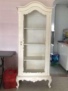 White vintage display cabinet