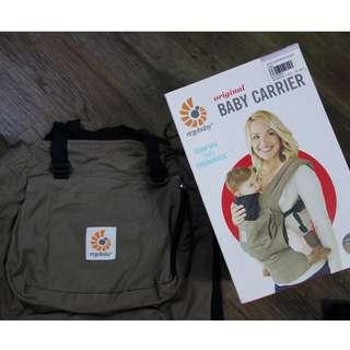 Ergobaby Original Baby Carrier Ausie Khakis + Drool Pad