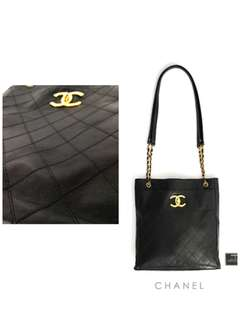 預售Chanel vintage calf skin mama bag😊