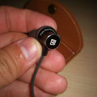REMAX RB-S7 MAGNETIC BLUETOOTH STEREO EARPHONE