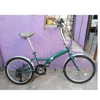 BEEM GREEN FOLDING BIKE (FREE DELIVERY AND NEGOTIABLE!)
