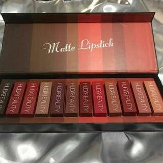 Huda beauty matte lipstick set