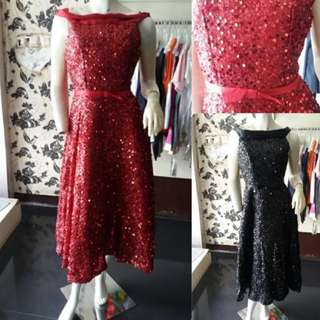 Sequined red party dresd