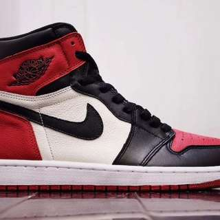 Looking For 2 Pairs  Jordan 1 Bredtoe( Naghahanap or Bibile)
