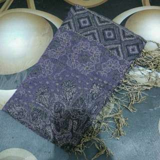 pashmina ungu