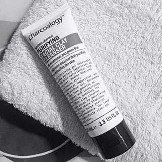 Facial Clay Cleanser