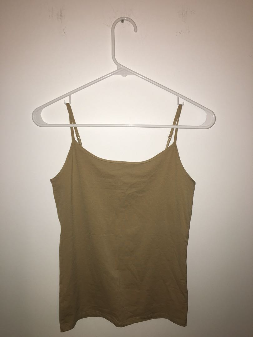 4 TANK TOPS FOR 1