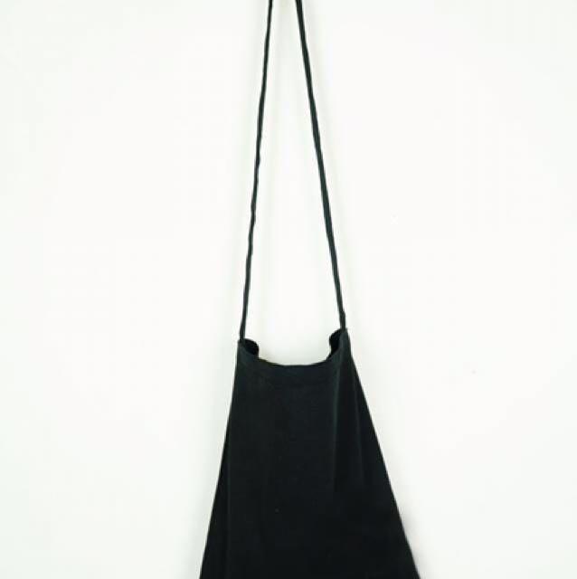 素面黑色加厚帆布袋/長背帶