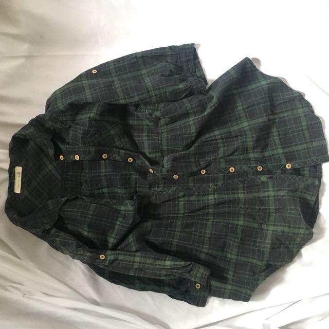深綠格紋圓擺襯衫
