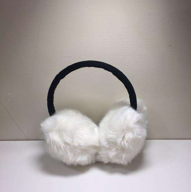 白色雪球耳罩
