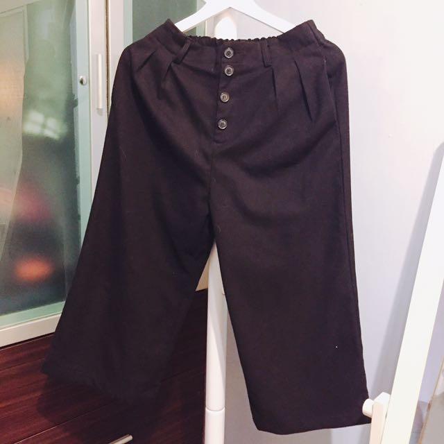 材質好鈕扣口袋黑色寬褲