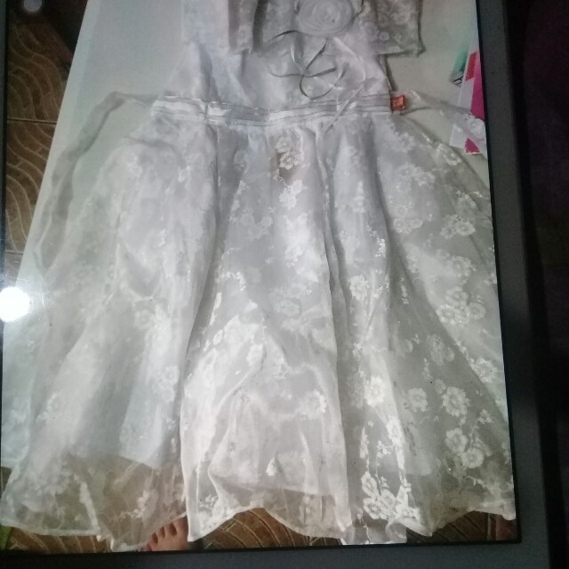 All white gown for rent, Babies & Kids, Girl\'s Apparel on Carousell