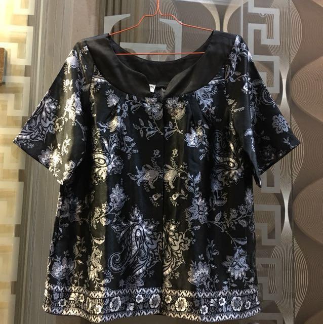 Black silver blouse