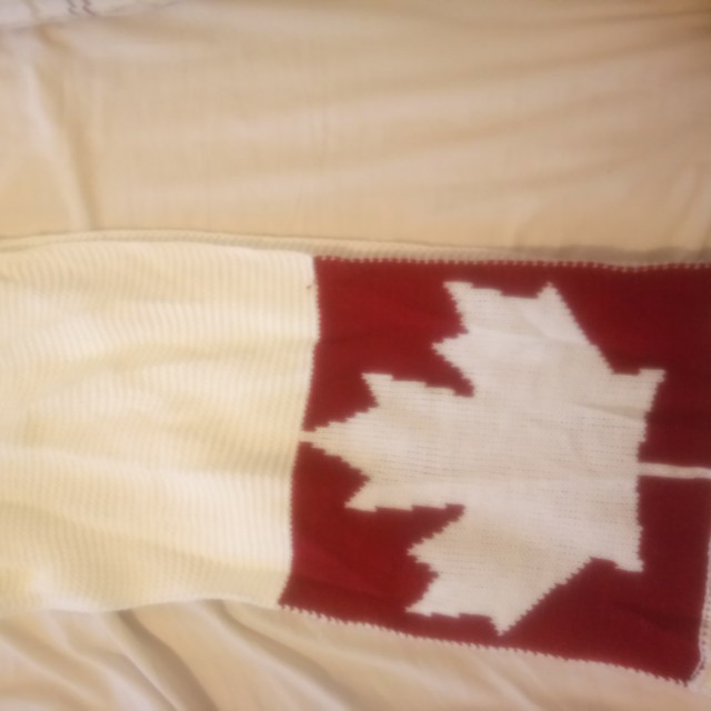 Canadian Infinity scarf