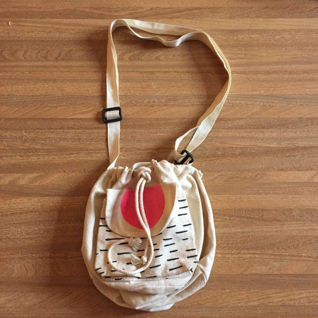 Canvas mini slingbag