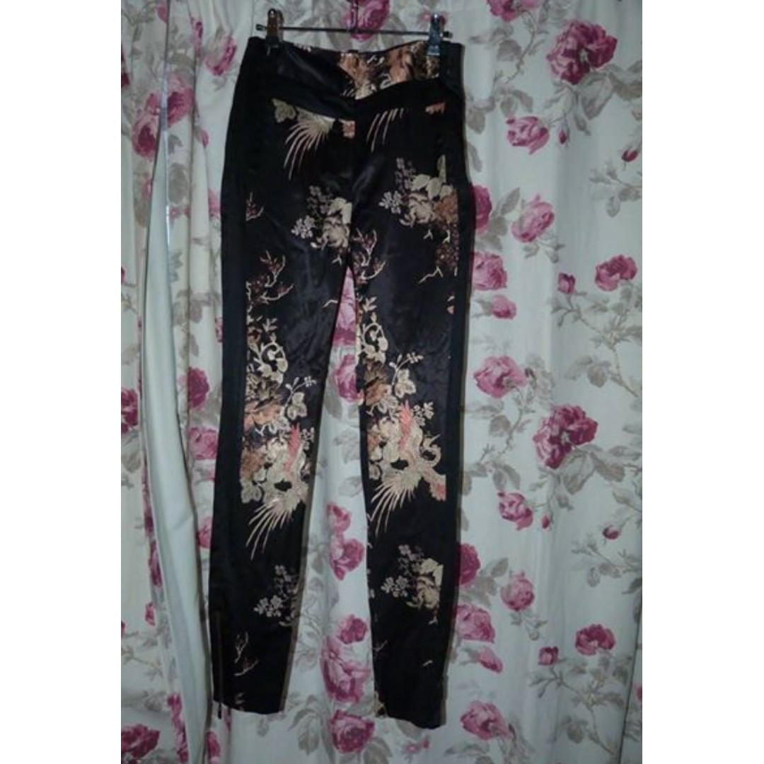 Cue 6 origami japanese printed high-waisted pants with pockets