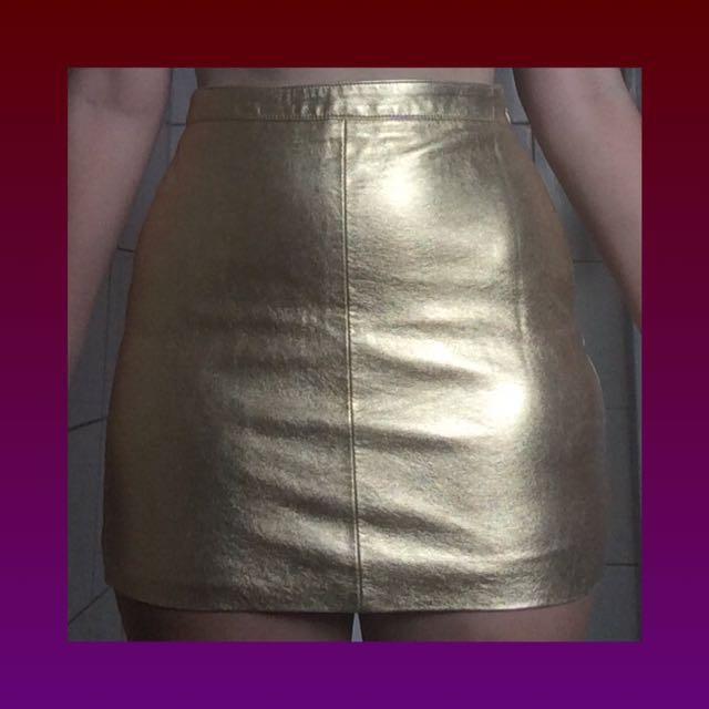 gold skirt ⭐️✨