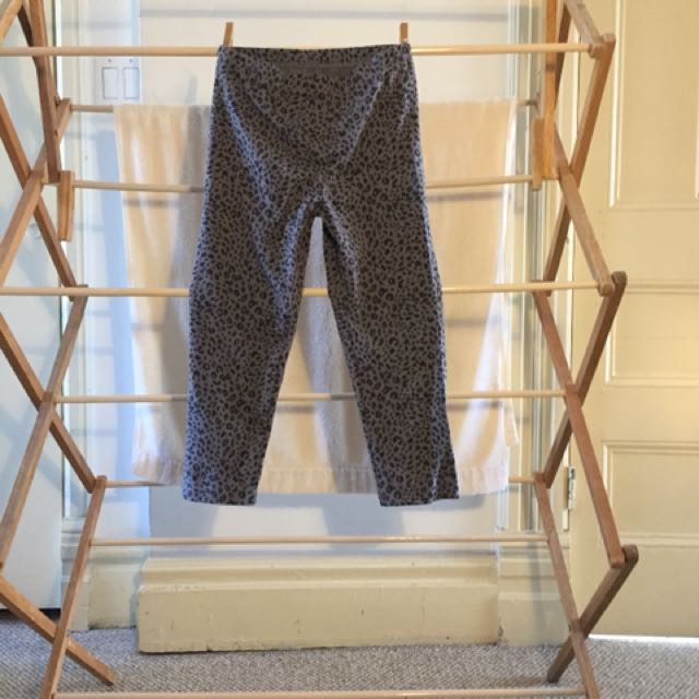 Gray Leopard Print Cropped Leggings from Uniqlo