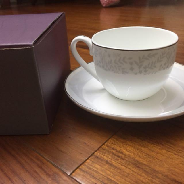 Hola 精緻骨瓷杯盤組杯盤禮盒可微波金邊