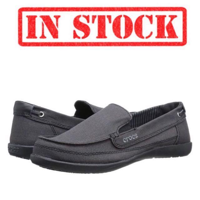 21e5601a2 IN STOCK Crocs Women s Walu Canvas Loafer