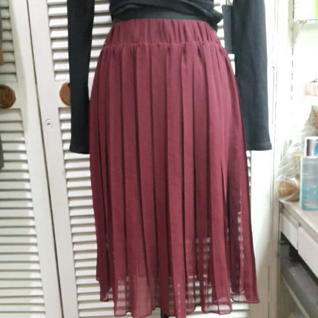 Maroon Pleated Chiffon Skirt