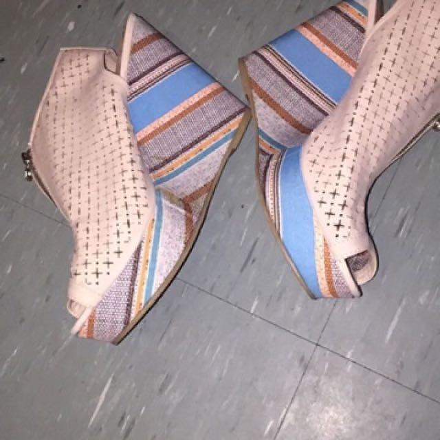 Multicoloured Wedges