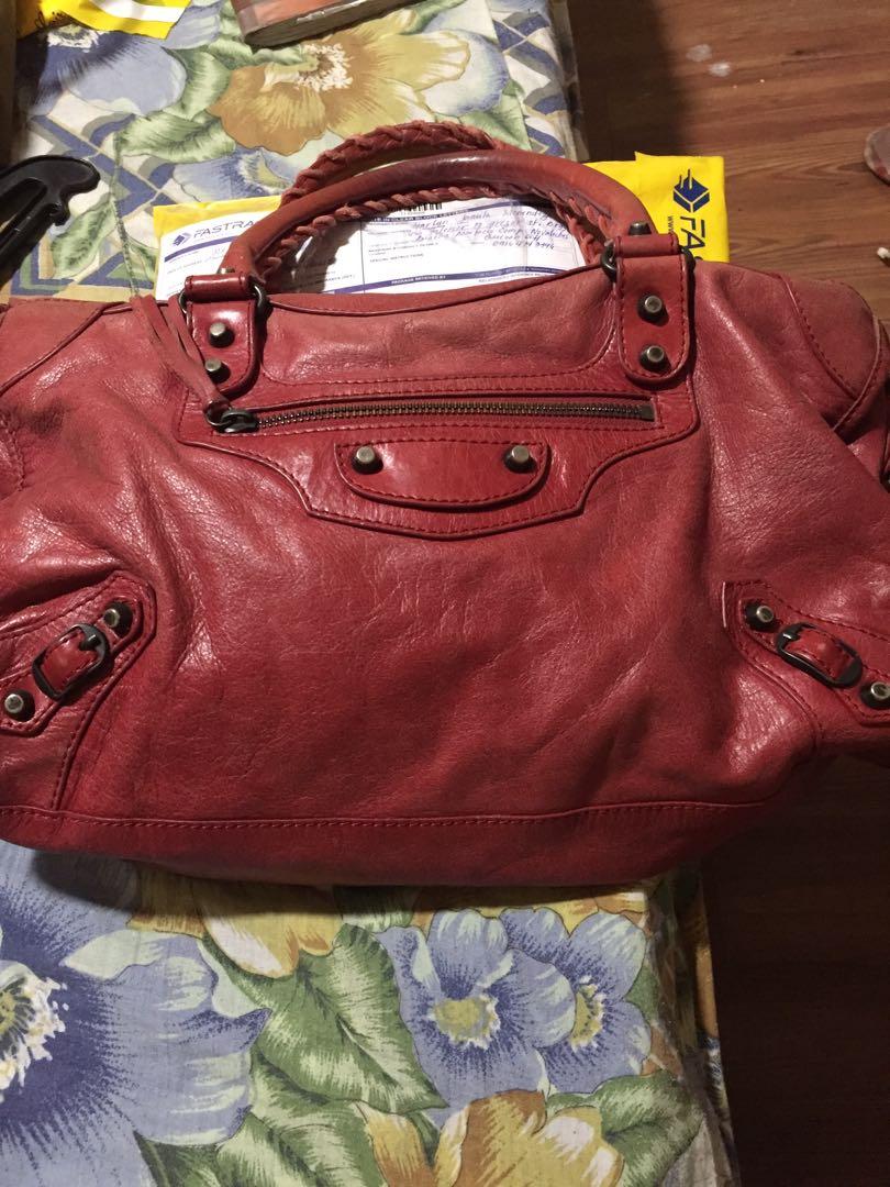 Pre loved balenciaga bag
