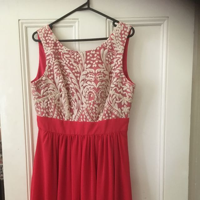 Review Size 14 Dress REDUCED