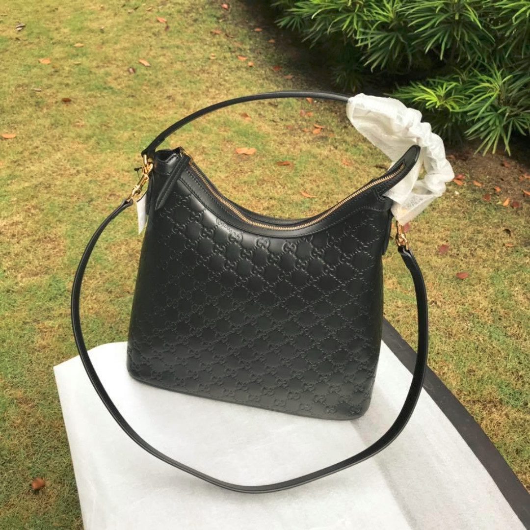 78b4ec328c6 SALE!! Gucci Signature Large Hobo Bag Black 414930
