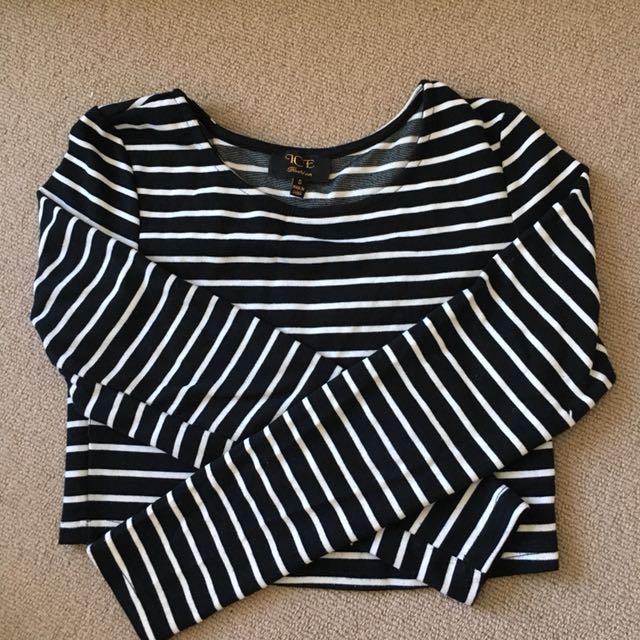 Striped long sleeves crop top