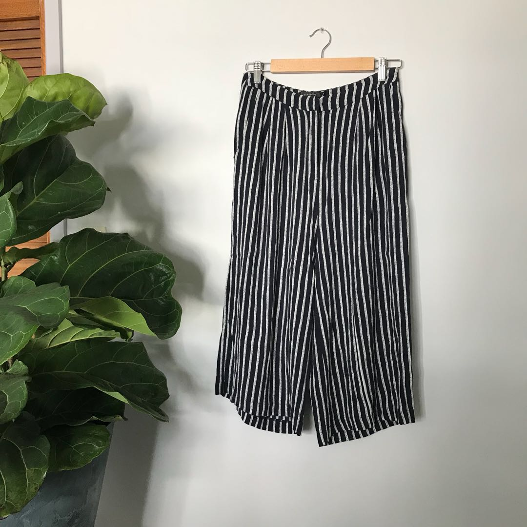 Striped pants with pockets