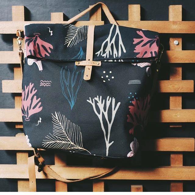 Tropis coral mini bag