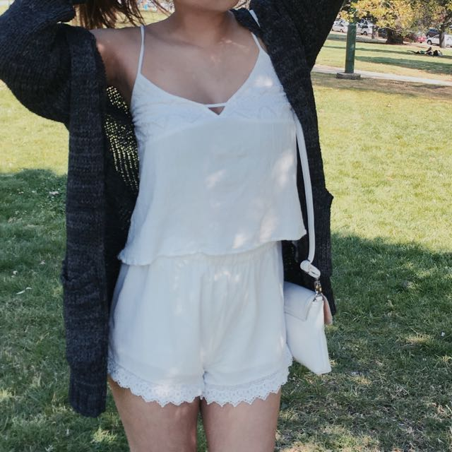 White top & high waisted white shorts