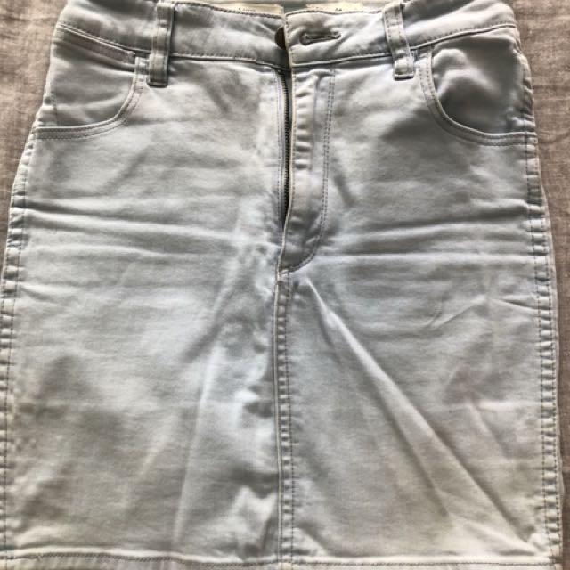 Wrangler denim skirt size 8