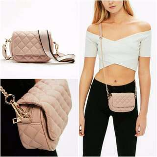 dicari bershka bag double handle warna pink
