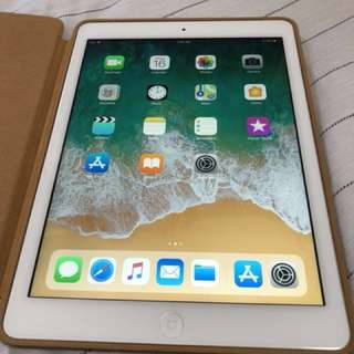 iPad Air Silver 128GB excellent conditions