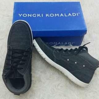 Sepatu yongki
