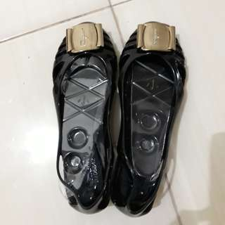Jelly shoes salvataro feragamo black dustbag ready medan