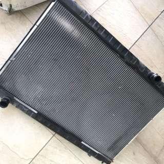 Gtr r35 radiator/reservoir tank/fan motor.
