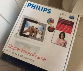 Philips digital photo frame 飛利普電子相架