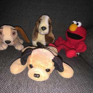 dogs & elmo puppet