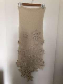 A/T 米白色雪花頸巾
