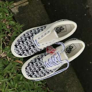vans era fear of God off white black