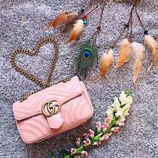 Gucci gg marmont 22cm crossbody bag