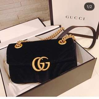 Gucci gg marmont 絨皮袋 Handbags