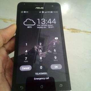Asus Zenfone 5 Ram 1/8 GB